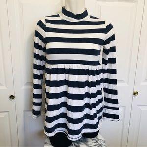 We the free navy & white striped turtle neck sz.M